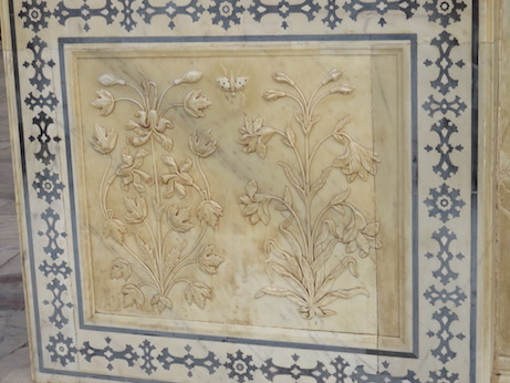 Flower carving, Mirror Palace, Amber Fort