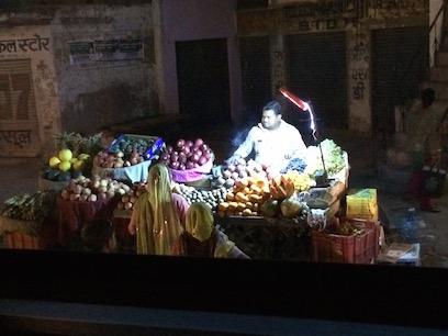 Produce vendor, Agra